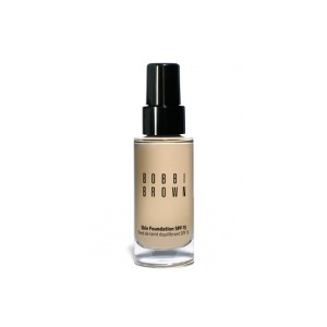 Bobbi Brown Skin Foundation SPF 15 Foto