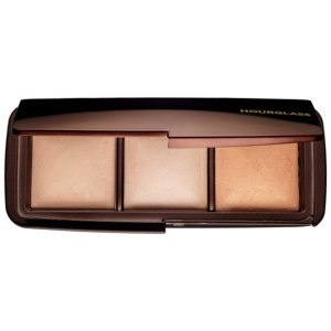 Hourglass Ambient Lighting Palette Puder Foto