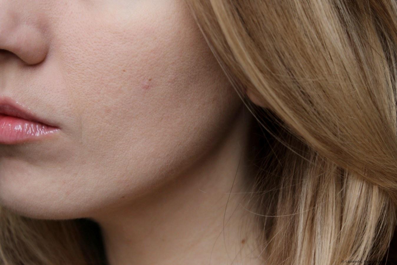 CLINIQUE Almost Powder Make-Up SPF 15 Puder Foto