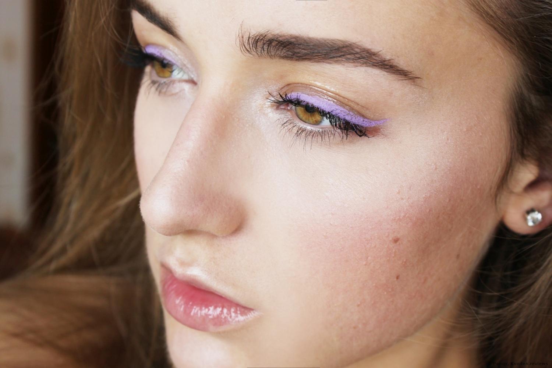 NYX Professional Makeup Eyeliner Vivid Brights Eyeliner NYX Professional Makeup Eyeliner Vivid Brights Eyeliner