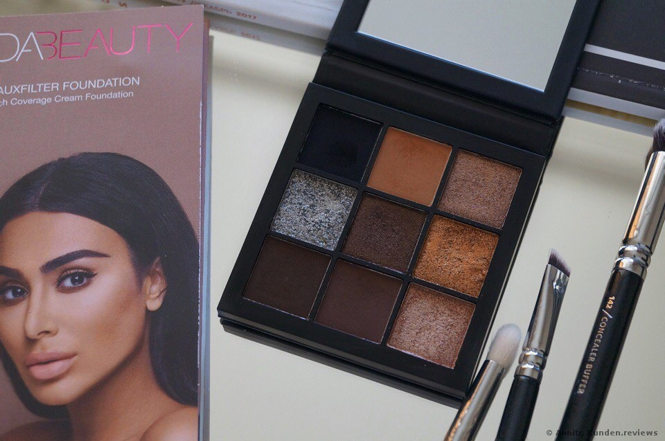 Huda Beauty Smokey Obsessions Palette