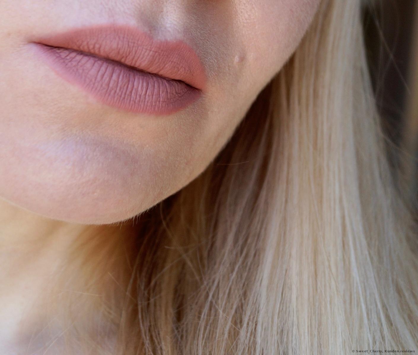 Make Up For Ever Artist Liquid Matte Lippenstift Foto