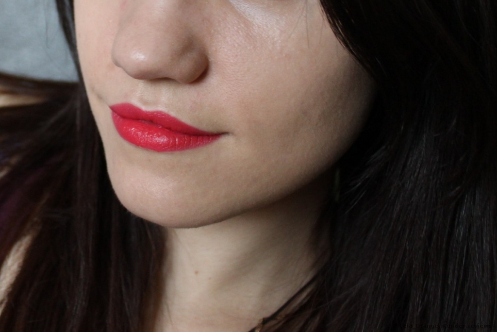 essence velvet matt lipstick 01 P.S we love pink