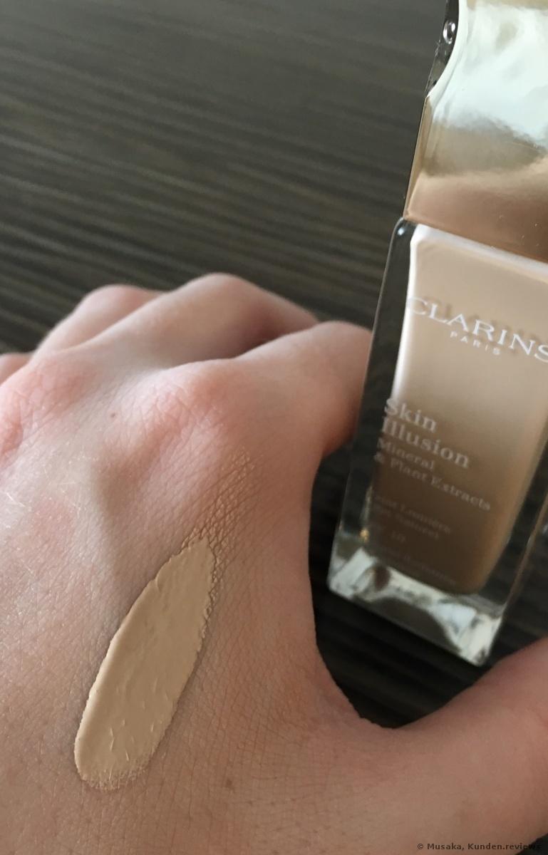 Clarins Skin Illusion SPF 10 Foundation Foto