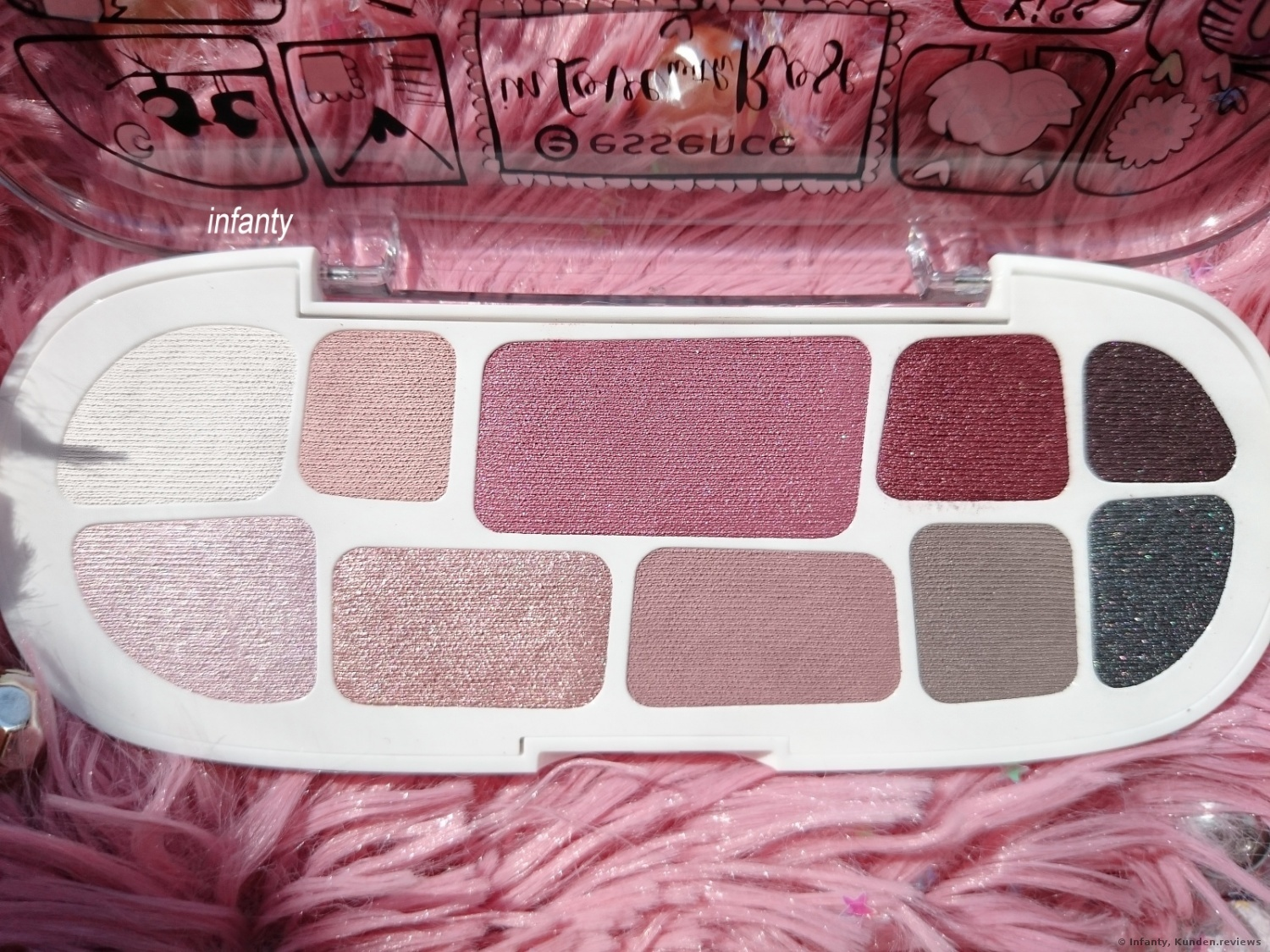 Essence Eyeshadow Box 02 In Love with Rose Happily Ever After