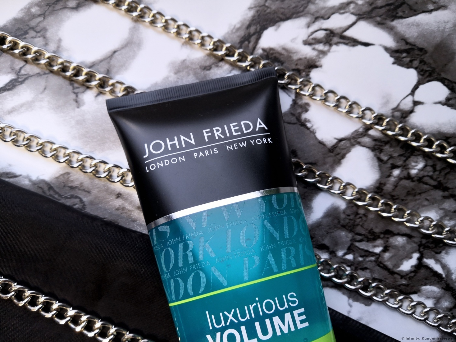 John Frieda Luxurious Volume Core Restore Conditioner