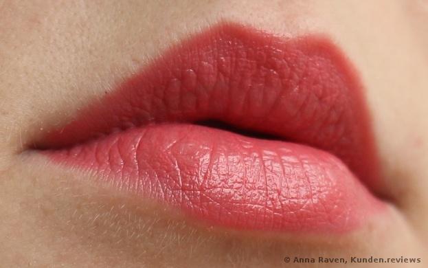 Lippenstift longlasting lipstick von Essence № 01 Coral Calling