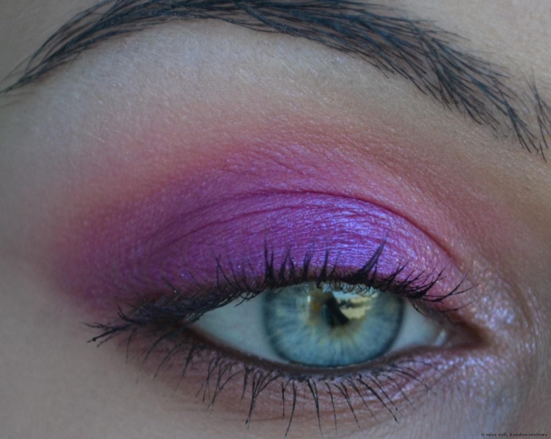 Essence I love colour intensifying Lidschattenbase
