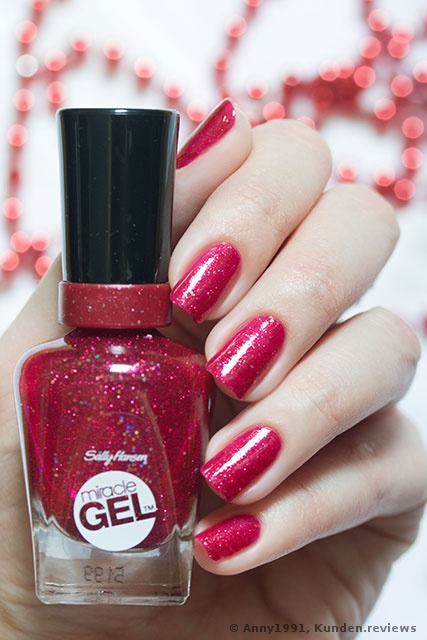 Sally Hansen #590 Ruby Shimmers