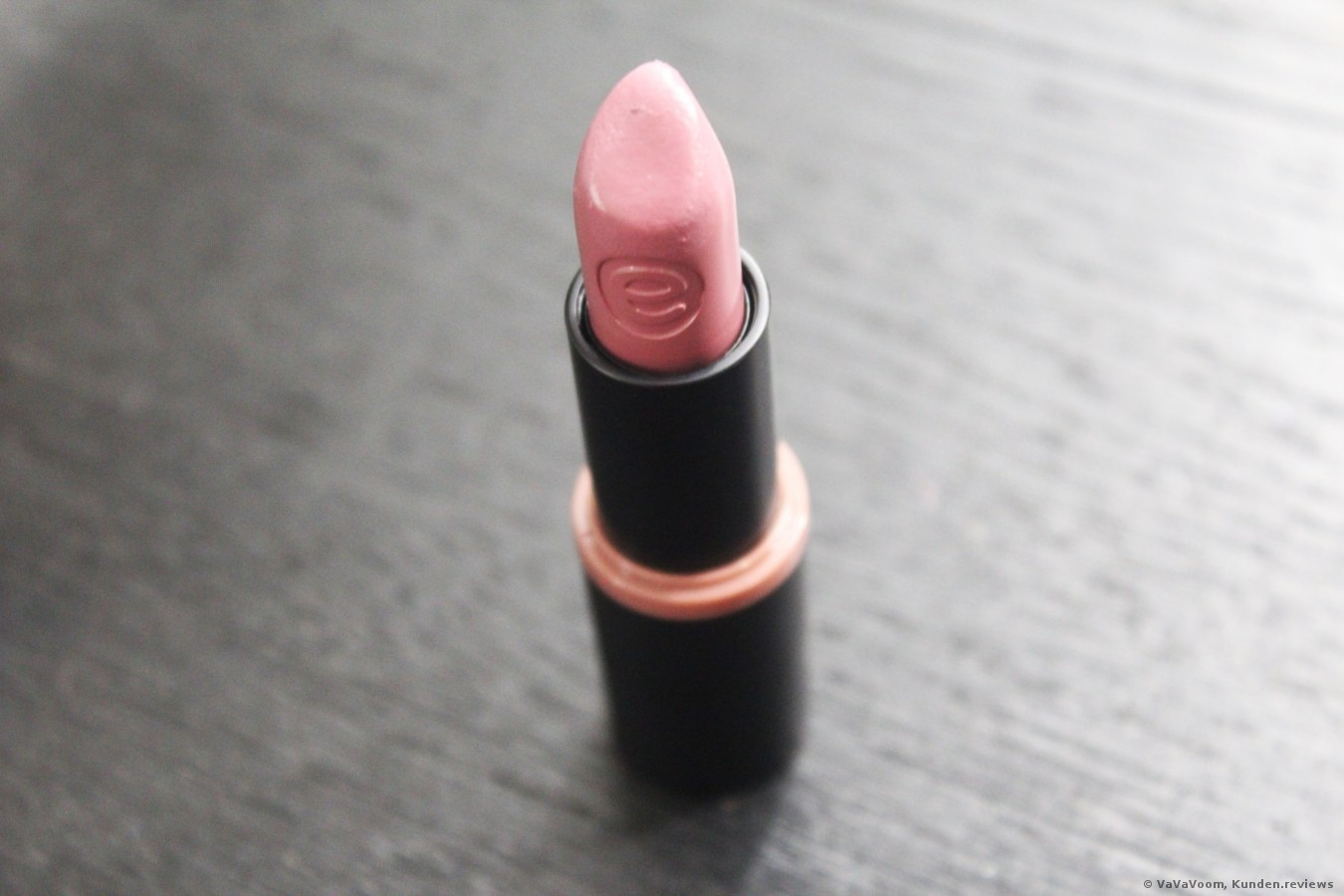Essence Longlasting Lipstick Review