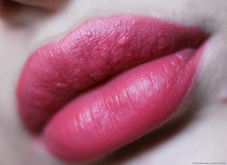 L'Oreal Color Riche Matte Addiction Lippenstift