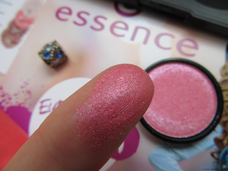 essence My Must Haves Eyeshadow # 06 rasberry frosting