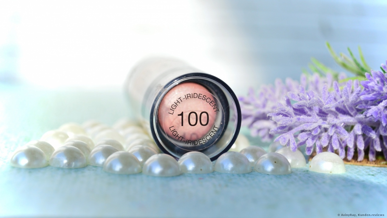 MAYBELLINE Master Strobing Stick - 100 light-iridescent