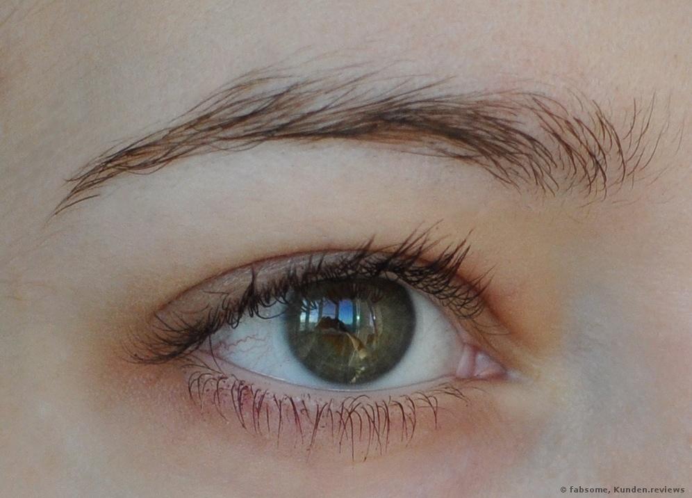 Ohne Augenbrauenpuder