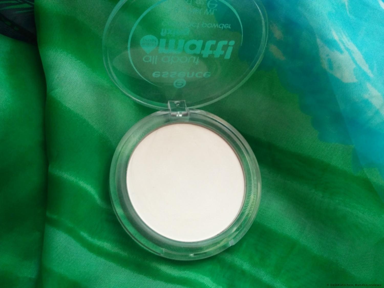 Essence All about matt! fixing compact powder waterproof