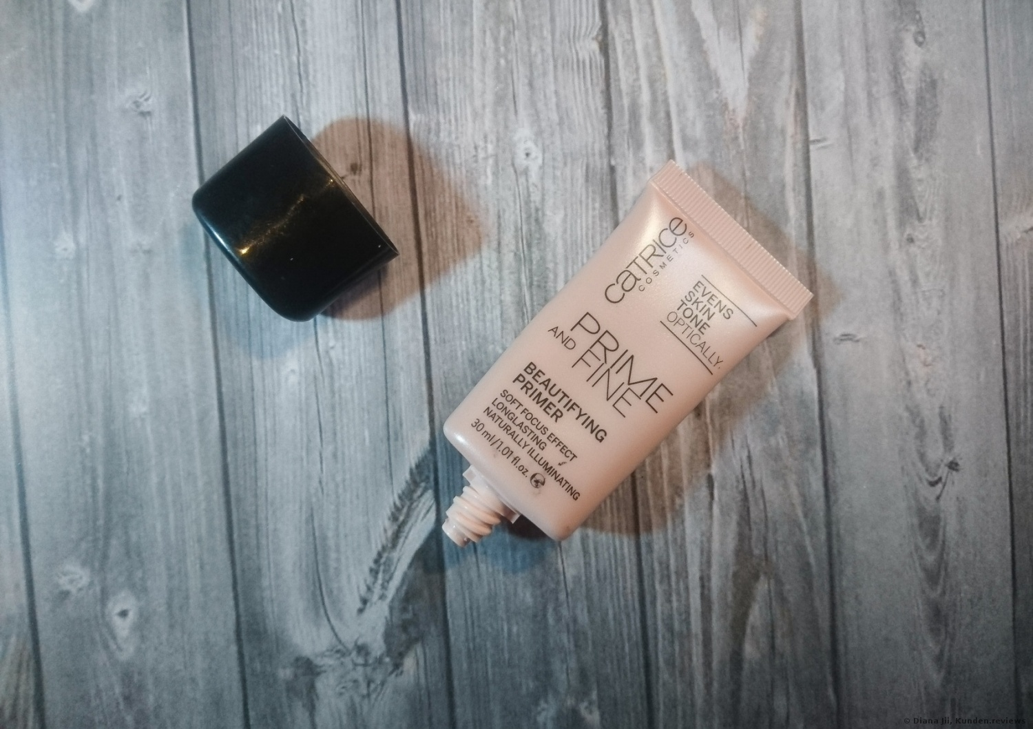 Catrice  Prime and Fine Beautifying Primer Foto