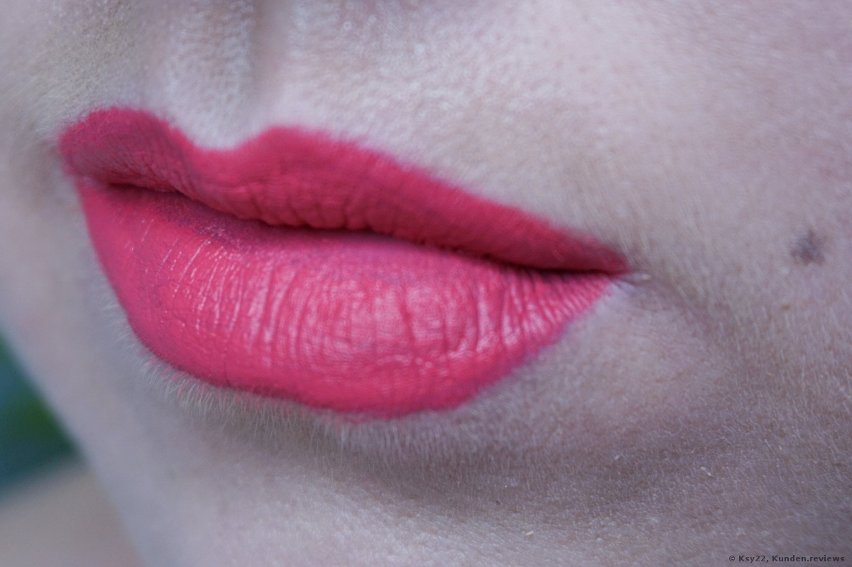 Mary Kay At Play  Matte Liquid Lip Color - Pink shock