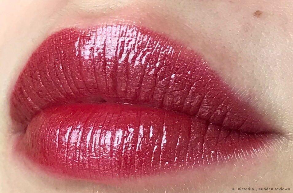 2. Schichten von Giorgio Armani Lippen-Make-up Ecstasy Lacquer