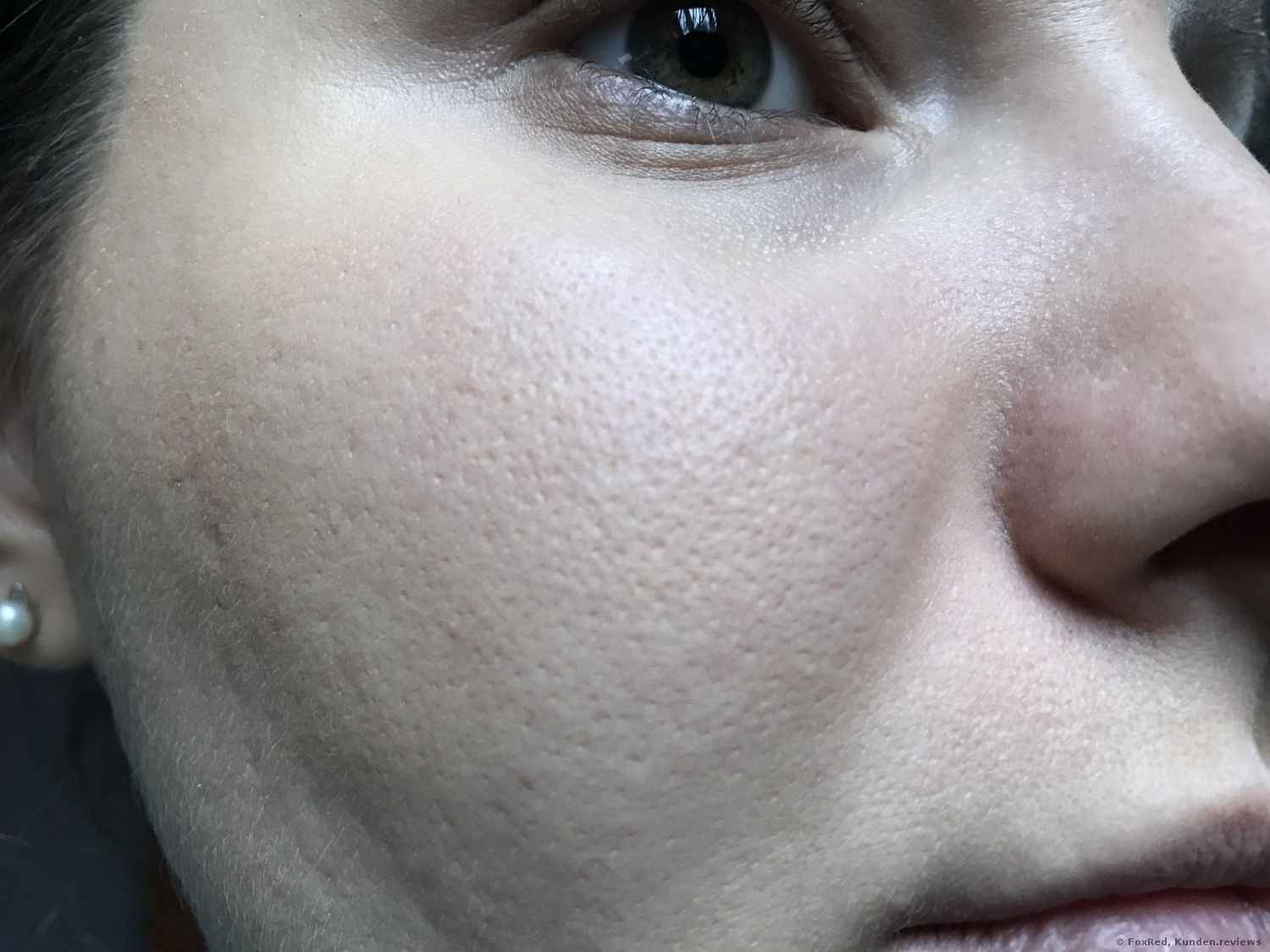 ohne MARC JACOBS Shameless Youthful-Look 24-Hour Foundation