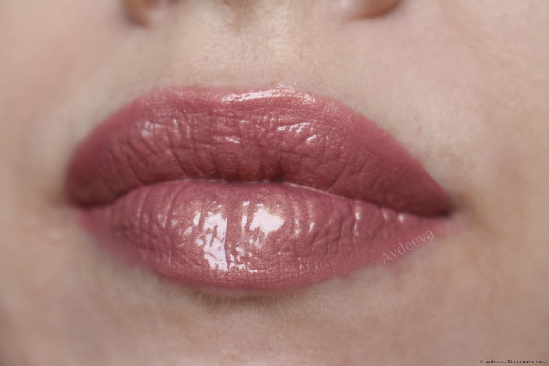 HUDA BEAUTY Liquid Matte Lipstick
