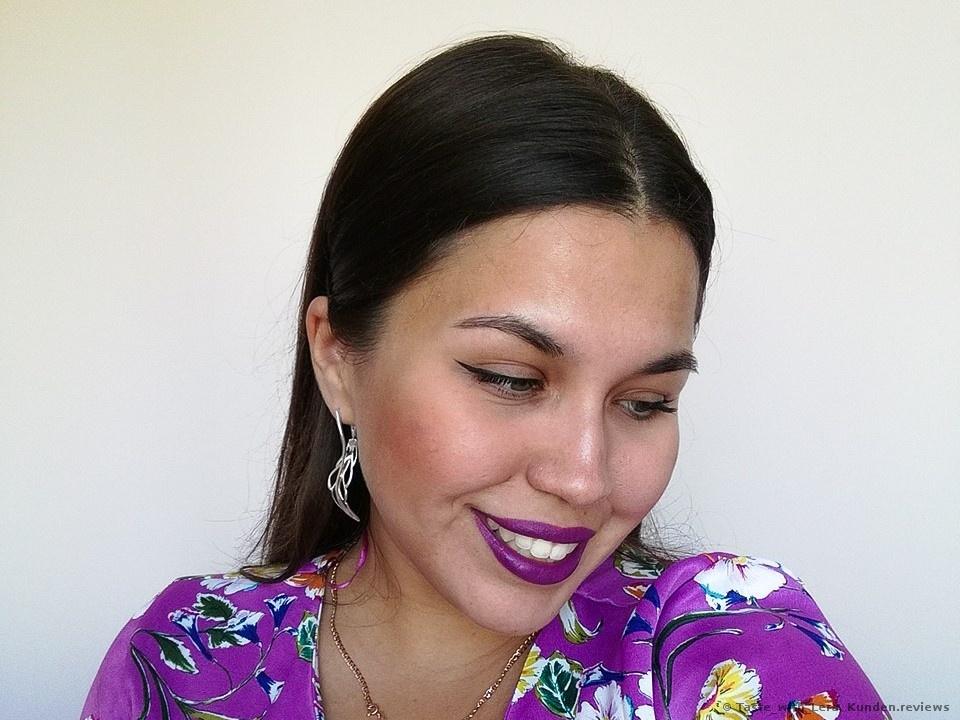 Sleek True Color Lipstick # N792 Exxxaggerate