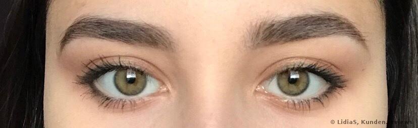 mit Augenbrauenstift und Brow Mascara von Catrice